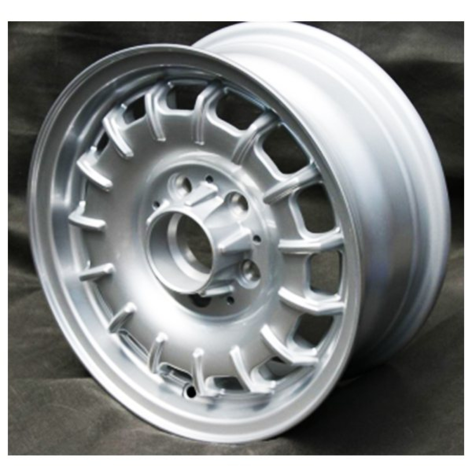 Mercedes benz 14 mexican hat bundt alloy wheel the sl shop for Mercedes benz mag wheels