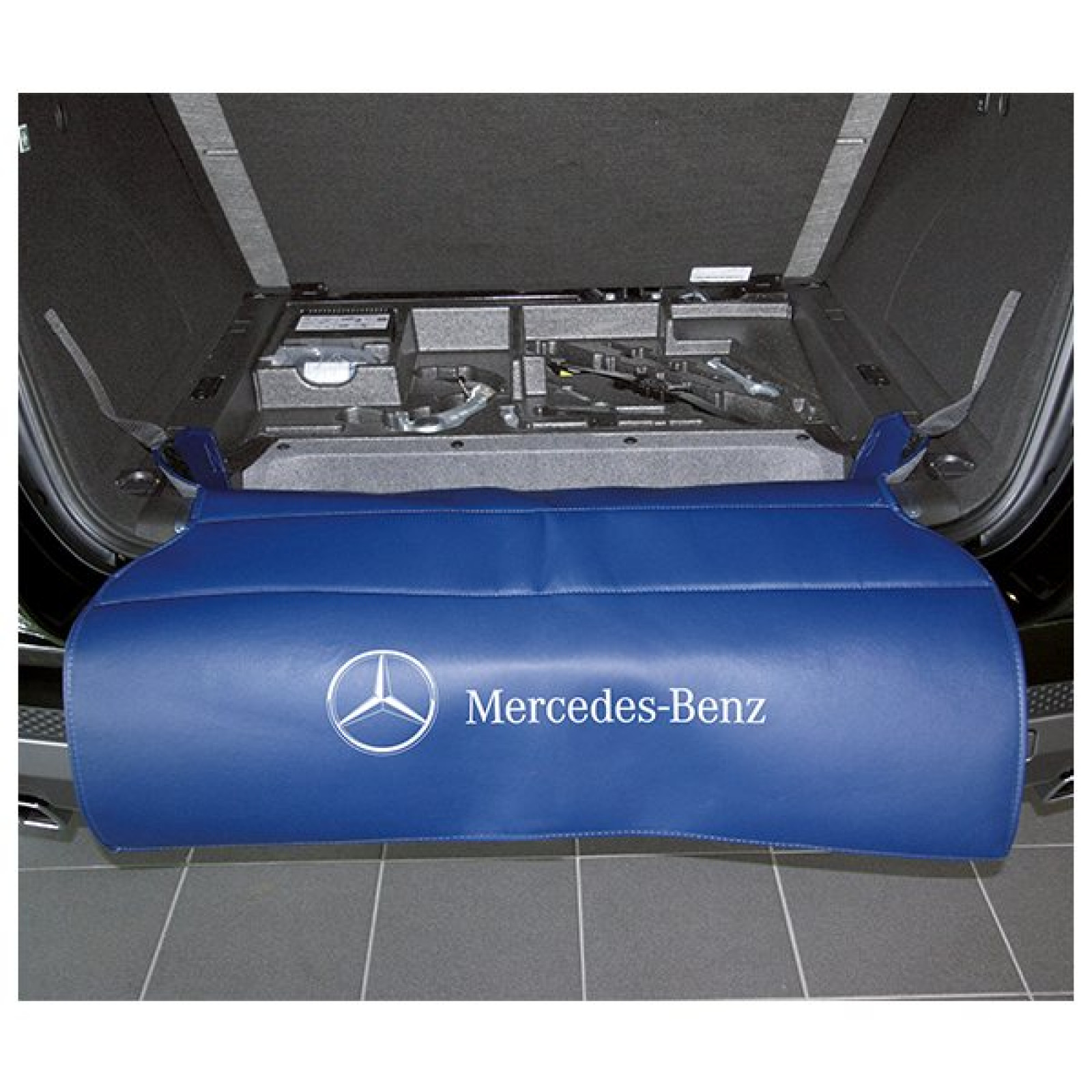 mercedes benz classic boot entry plate protective cover. Black Bedroom Furniture Sets. Home Design Ideas