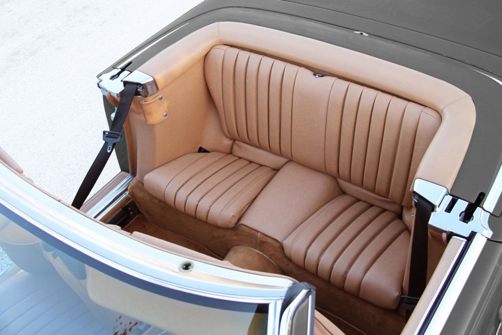 Mercedes benz sl 107 belts and benches package deal the for Mercedes benz seat view