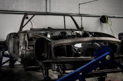 Car body W113 Servicing