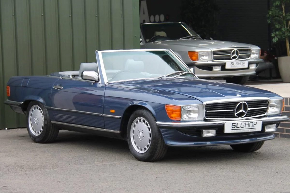 Mercedes-Benz 300SL R107