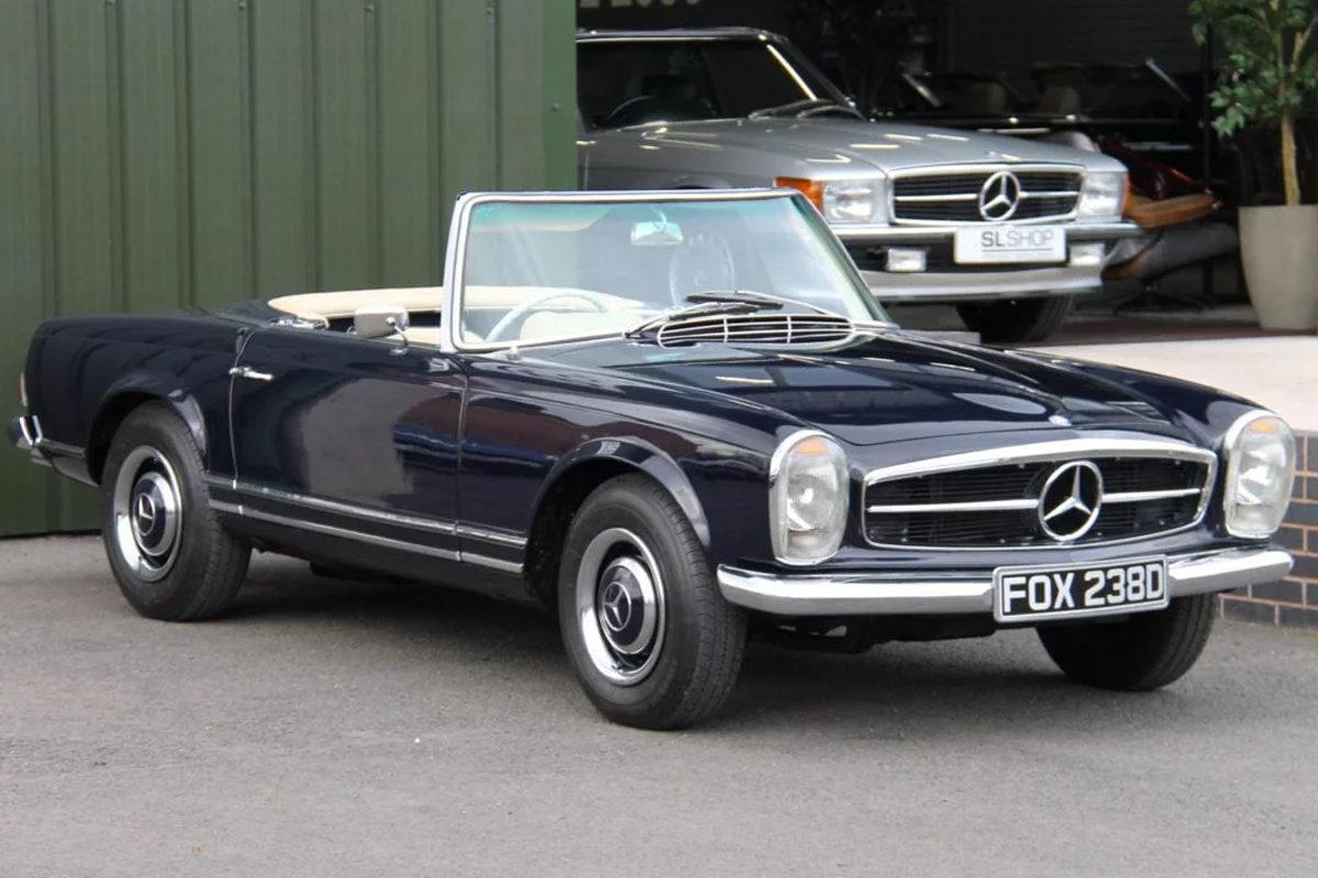 Mercedes-Benz 230SL Pagoda W113