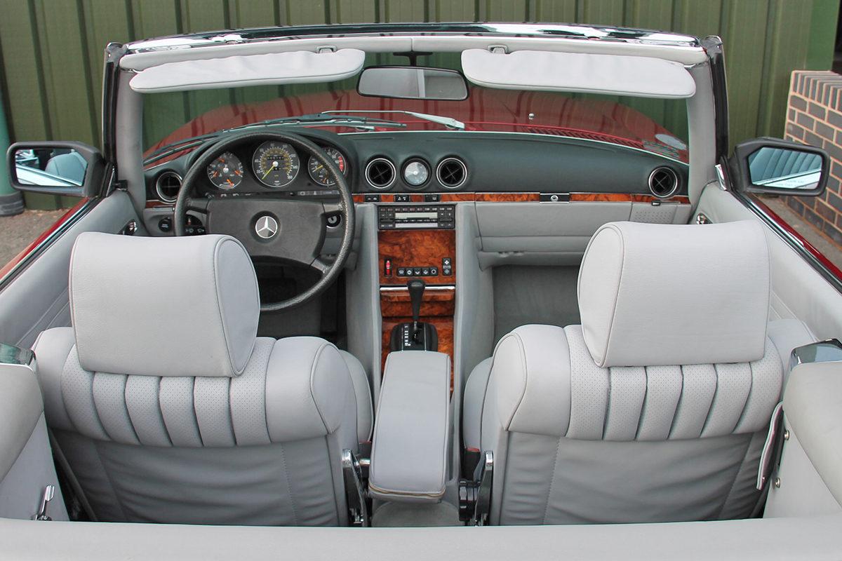 Mercedes-Benz 380SL R107