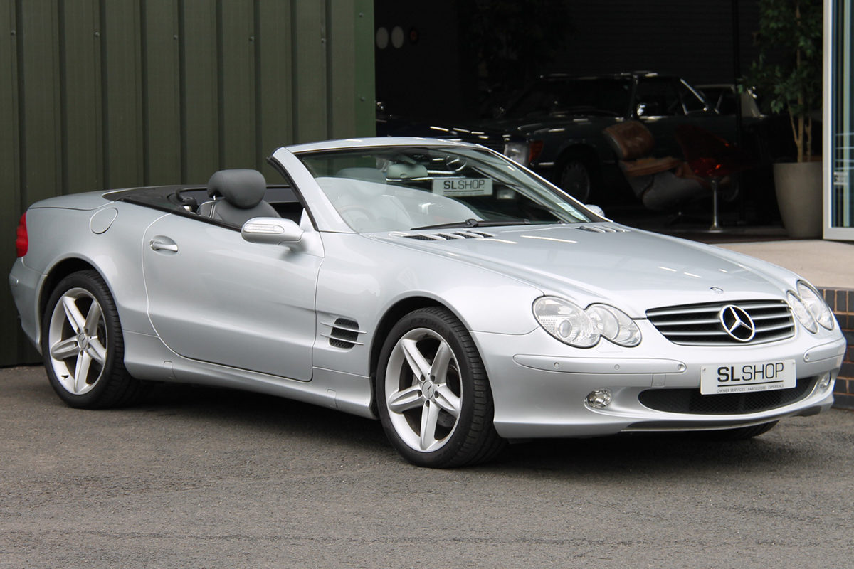 Mercedes-Benz SL350 R230
