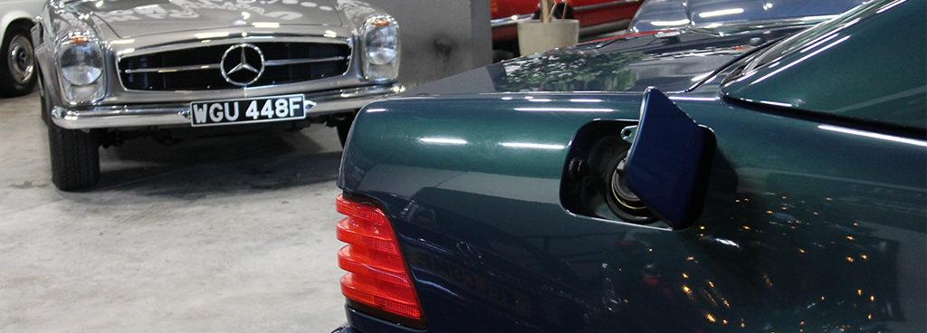 R129 SL fuel cap