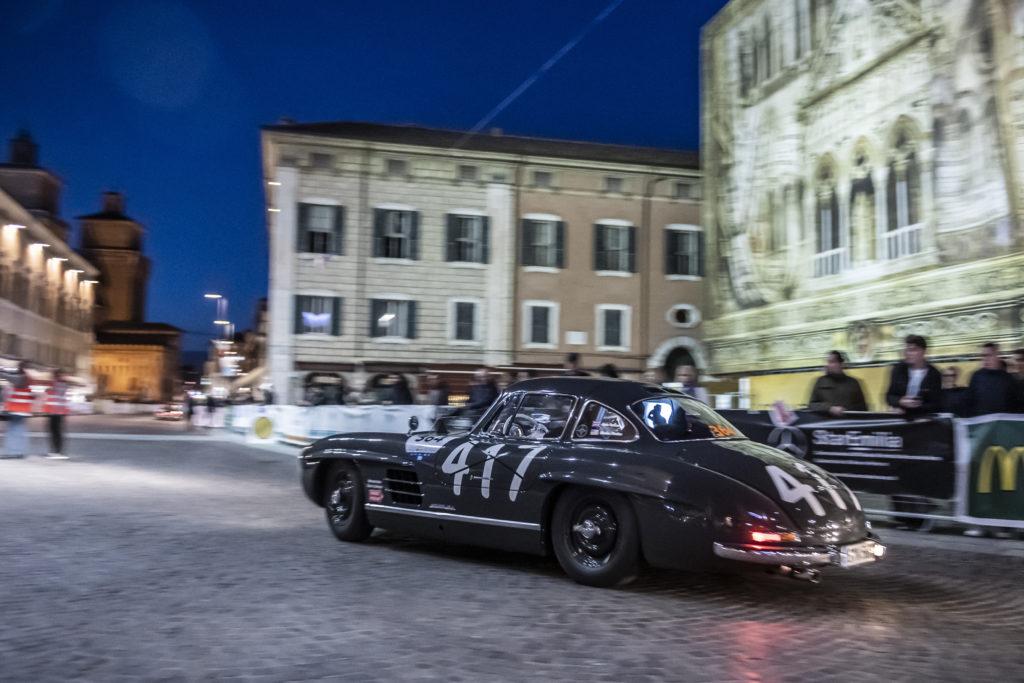 Night time shot of the 300SL Gullwing