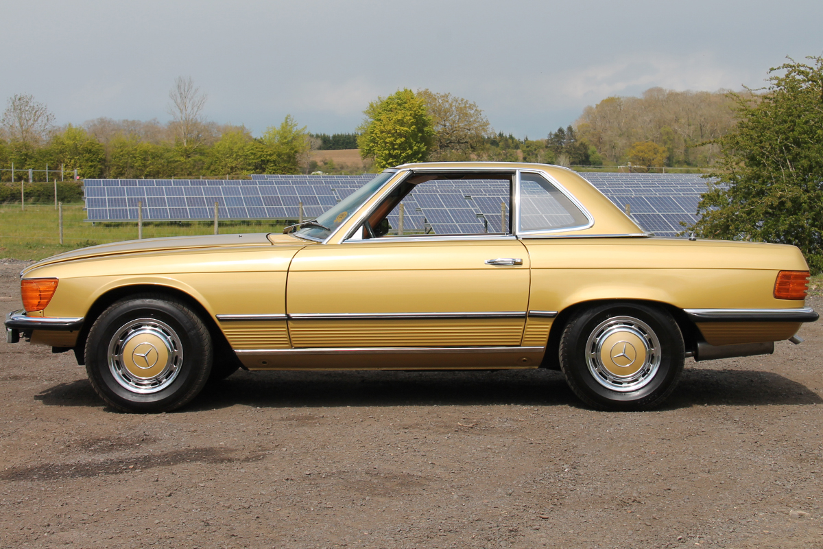 Side profile of the 350 SL in Icon Gold.