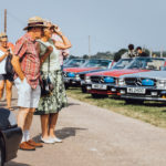 Owners admiring other R107 SLs